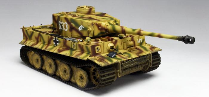 """1/35 WW.II ドイツ軍 ティーガーI 初期生産型 ダス・ライヒ師団 S33号車""""倒福ティーガー"""""""